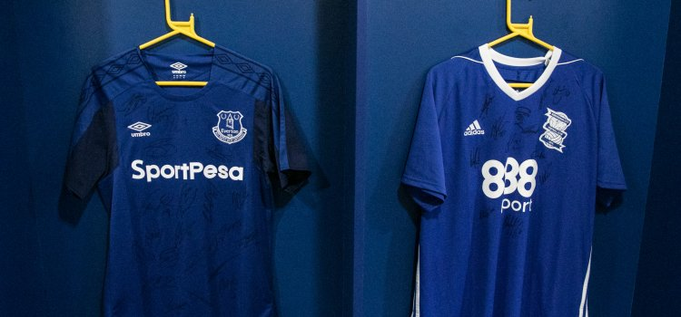 wholesale dealer f1990 a8f34 Signed Everton & Birmingham City Shirts Up For Auction To ...